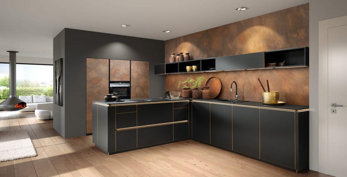 Moderne keuken met metalen oppervlakken