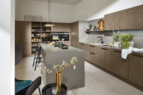 Moderne keuken Tavola Barolo