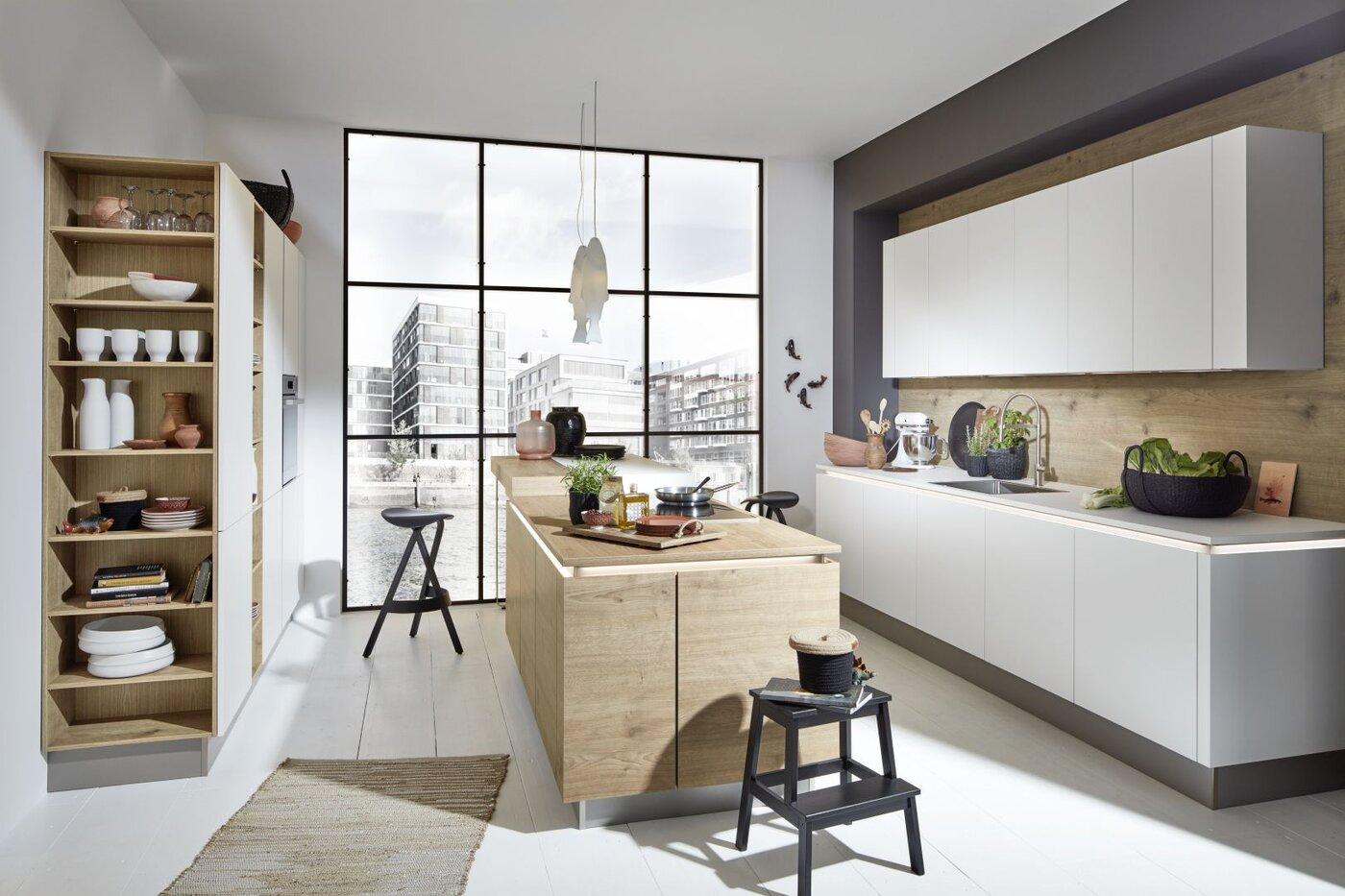 Moderne keuken eik met greeploze kastelementen